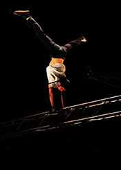 Recherche-Innovation technique au Centre national des arts du cirque (Cnac) - Double-fil rotatif, conception de Quentin Claude, 26e promotion du Cnac